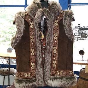 Inc faux fur vest Large reversible